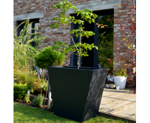 Angus Tapered Planter