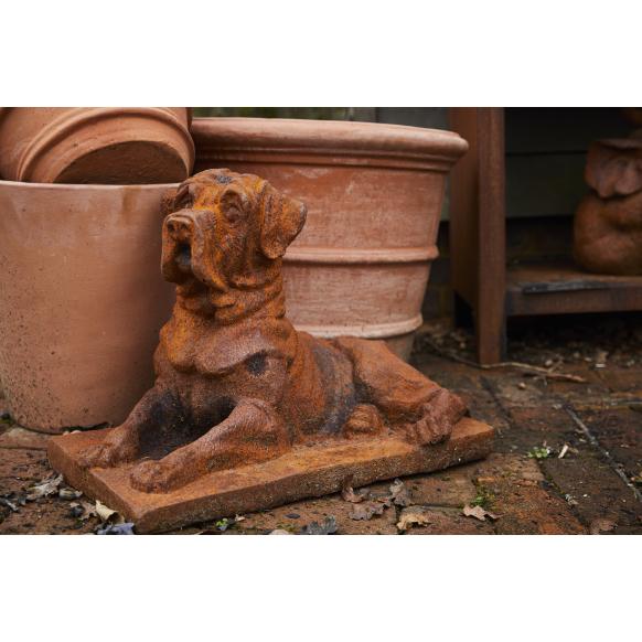 Watchful Dog Statue Image